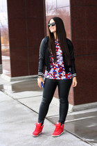 Peter Pilotto shirt - ray-ban sunglasses - nike sneakers - H&M pants
