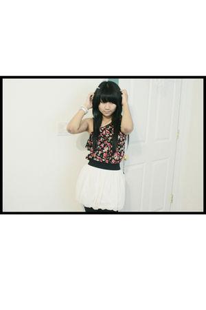 white Forever 21 skirt - black Love Culture blouse - black Wet Seal leggings