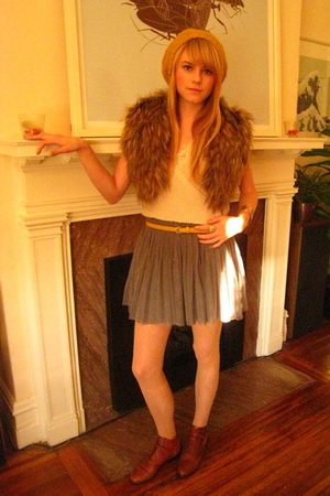Forever 21 skirt - boots - H&M - Forever 21 hat