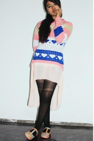 bubble gum knitted thrifted sweatshirt - black prints GOWIGASA tights