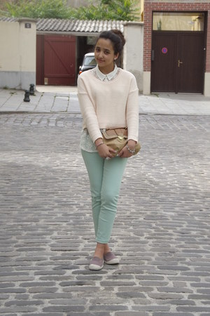 light blue Zara jeans - light pink H&M sweater - ivory Zara shirt