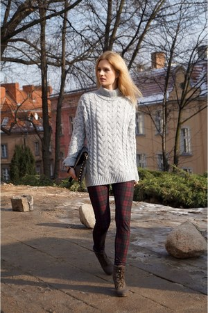 Zara sweater - Zara leggings