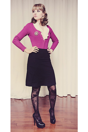 pink unknown cardigan - black pumps Aldo shoes - black rose print Ebay tights