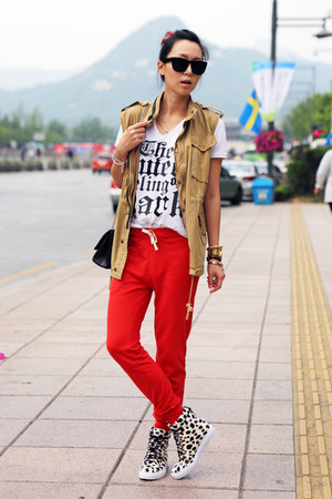 red track pants Zara pants - beige flava hi top Jeffrey Campbell sneakers