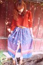 Camel-shoes-burnt-orange-sweater-light-purple-skirt