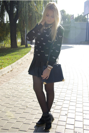 black Glamorous skirt - black Choies sweatshirt - black asos sneakers