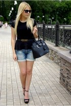 black Zara wedges - blue Stradivarius shorts - black Stradivarius top