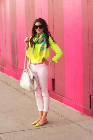 chartreuse Old Navy scarf - yellow blouse - bubble gum Charlotte Russe pants