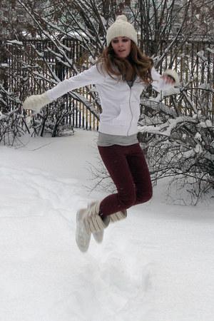 Katerina_K.  Camel Adidas Boots.  Cozy new year mood.