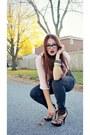 Brown-steve-madden-heels-dark-gray-high-waisted-bb-jeans-jeans