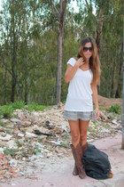 brown Zara boots - heather gray pullandbear skirt - white h&m divided t-shirt
