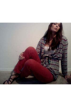 red Zara jeans - brown Old Navy shoes - shirt