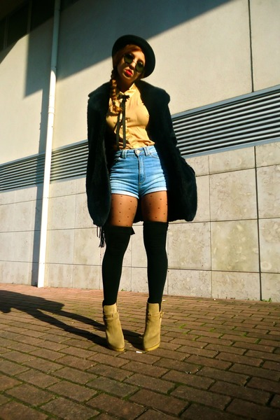 light blue Zara shorts - camel Zara boots - black westrags coat