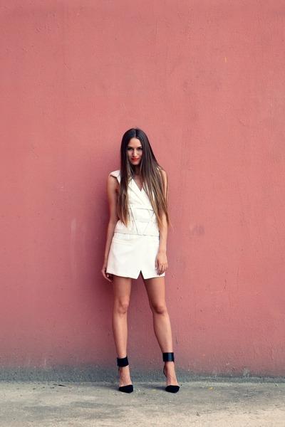 black Zara heels - white Sheinside vest