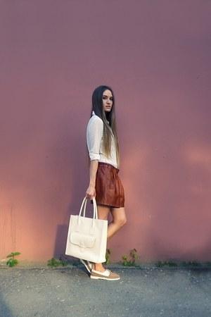 brown Zara shorts