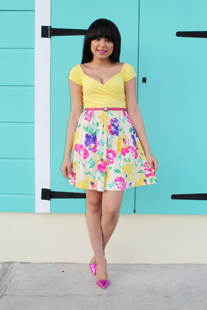 white floral asos dress - light yellow cropped Bebe top