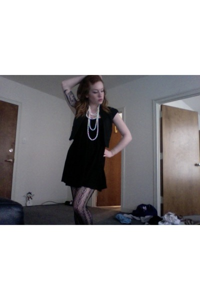 black vintage dress - white Forever21 necklace - black Express vest - black Urba