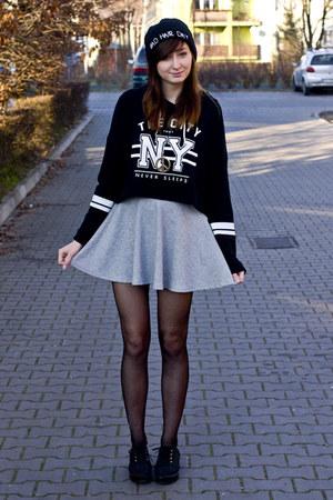 sporty Bershka skirt