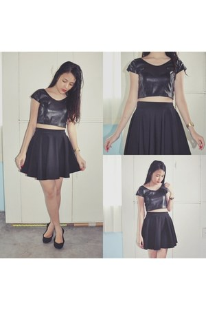 black cropped top unknown top - black skater skirt unknown skirt