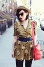 Coach-bag-elizabeth-and-james-sunglasses-orla-kiely-romper
