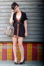 Beige-queens-wardrobe-shorts-brown-nine-west-shoes-beige-coach-bag-black-v