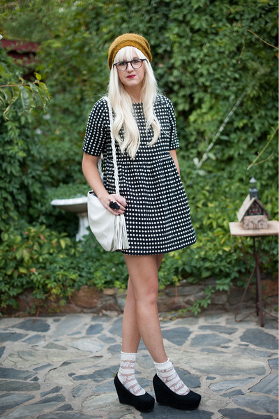 black polkadot Anthropologie dress - mustard Urban Outfitters hat