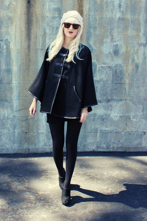 black H&M cape