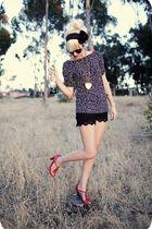 blue polka dot shirt - red high heel shoes - black lace shorts