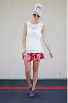 Urban Outfitters skirt - Urban Outfitters t-shirt - Dolce Vita heels