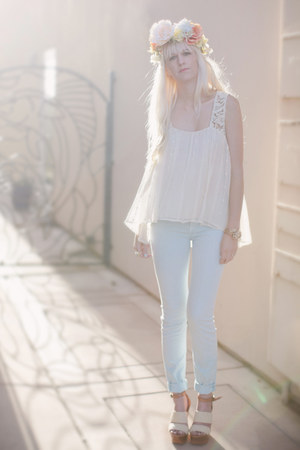 sky blue 7 for all mankind pants - off white Anthropologie top