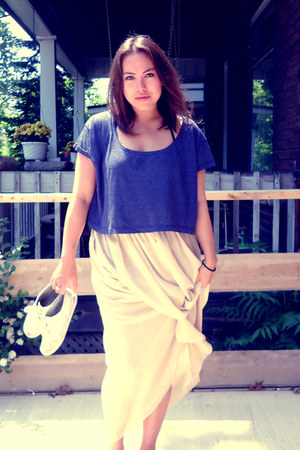 beige skirt - deep purple t-shirt