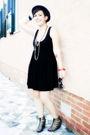 Black-h-m-dress-beige-h-m-shoes