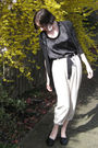 Beige-thrifted-pants-black-from-winners-shirt-black-from-winners-cardigan-