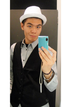 satin H&M vest - cotton H&M hat - cotton H&M shirt