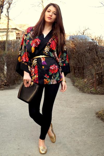 black simple Sprider Store leggings - black detailed kimono H&M blazer