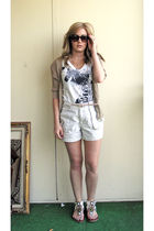 brown cardigan - American Eagle t-shirt - beige shorts - pink JCrew belt - TJ Ma