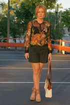 Geisha Pearl vintage blouse - New York & Co shorts - BCBG shoes - Geisha Pearl P