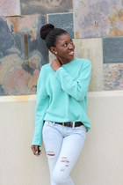 aquamarine sweater - light blue stressed jeans - red leather flats