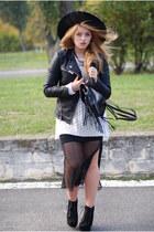 black Claires hat - black leather biker Cubus jacket