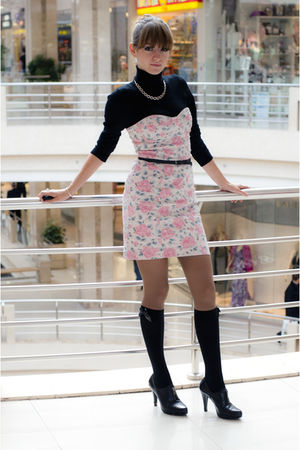 black Nine West shoes - pink Oasis dress - black Oggy sweater