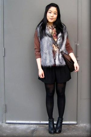 black Aldo boots - light brown American Apparel sweater - peach Ardene scarf - d