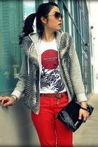red H&M jeans - black Payless bag - ivory custom made t-shirt - heather gray BB