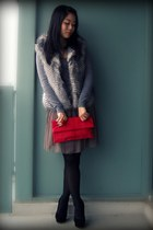 black Dolce Vita shoes - heather gray H&M sweater - red bag - white BB Dakota ve