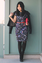 opry print Zamrie dress - black leather Mackage jacket - red purse
