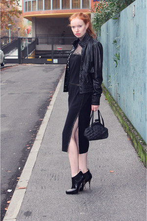 Unknown Vintage dress - leather Pollini jacket - Moschino bag