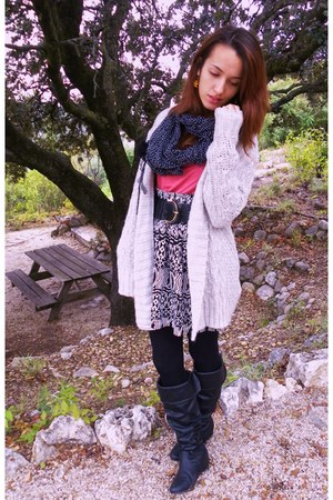 heather gray Zara cardigan - hot pink Zara shirt - black Bershka scarf