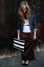 Navy-denim-jacket-gap-jacket-black-striped-clutch-krust-purse-dark-brown-max