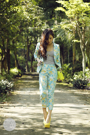light blue cesa suit - yellow Choies bag