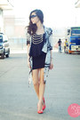 Black-korean-rose-dress-black-wagw-sunglasses-white-oasapcom-cardigan