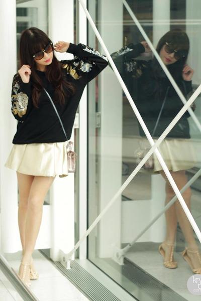 black Sheinside sweater